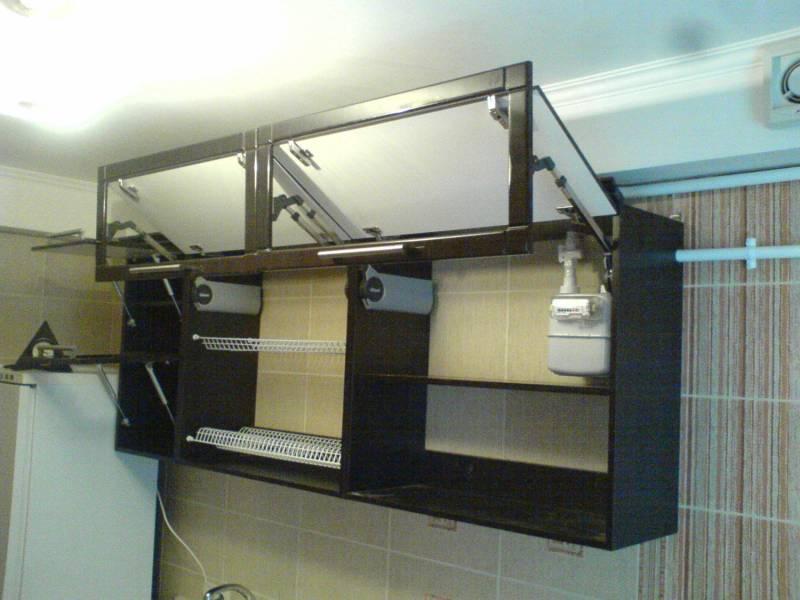 Создатели кухни HIGHLINE лаконично совместили встроенную технику и кухонный шкаф